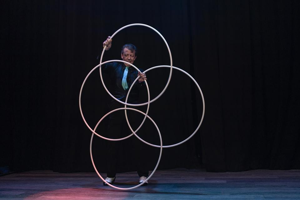 Magic Hula Hoops